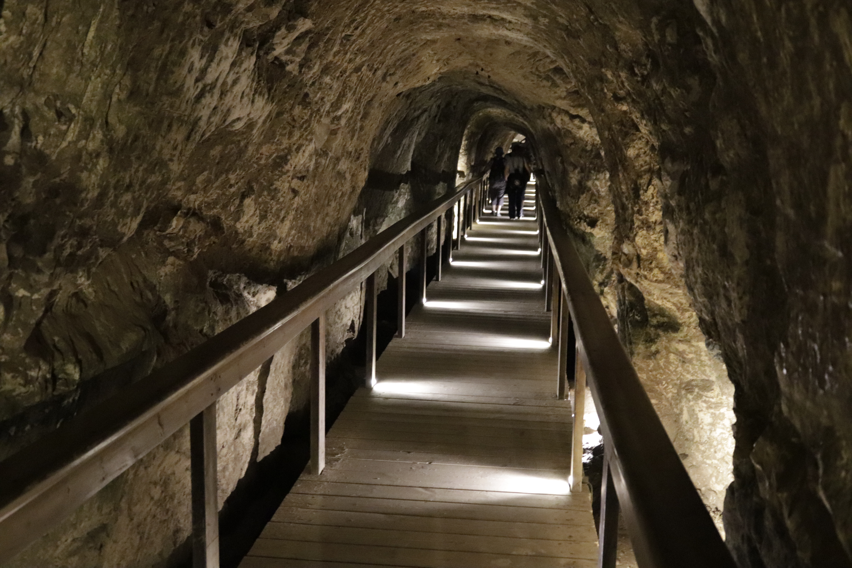 Megiddo: Iron Age water system