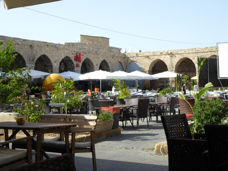 Akko: market square